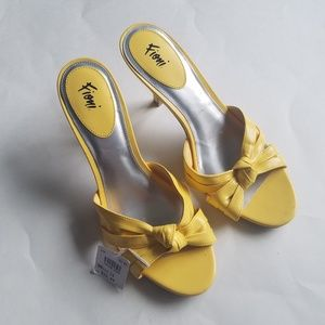 Happy Yellow Fioni Bow High Heels NEW